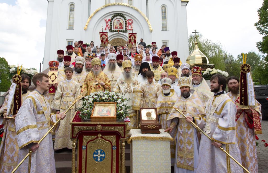 Митрополит Тернопільський і Кременецький Сергій очолив Святкову Соборну Пасхальну Літургію (фото, відео)