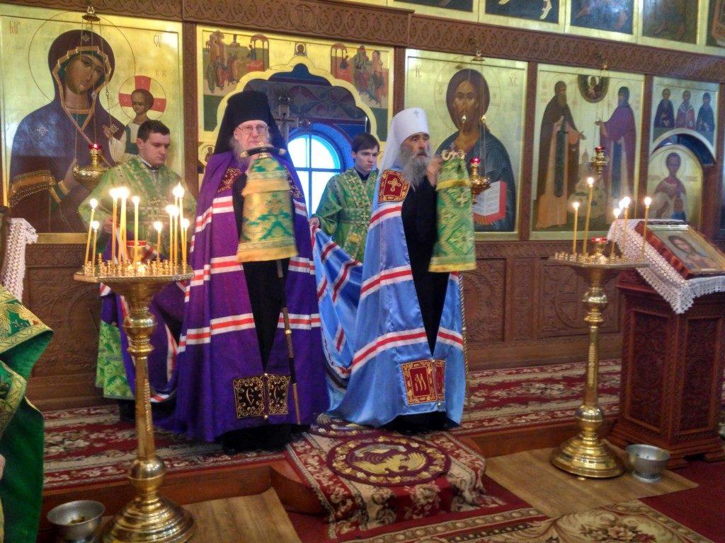День Ангела ректора Почаївської семинарії епископа Шумського Серафіма.