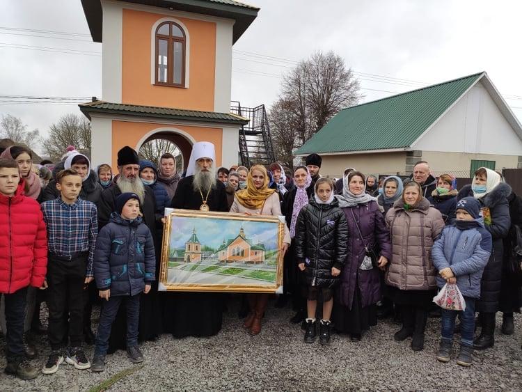 Митрополит Сергій звершив чин освячення новозведеного храму у селі Бриків Кременецького району